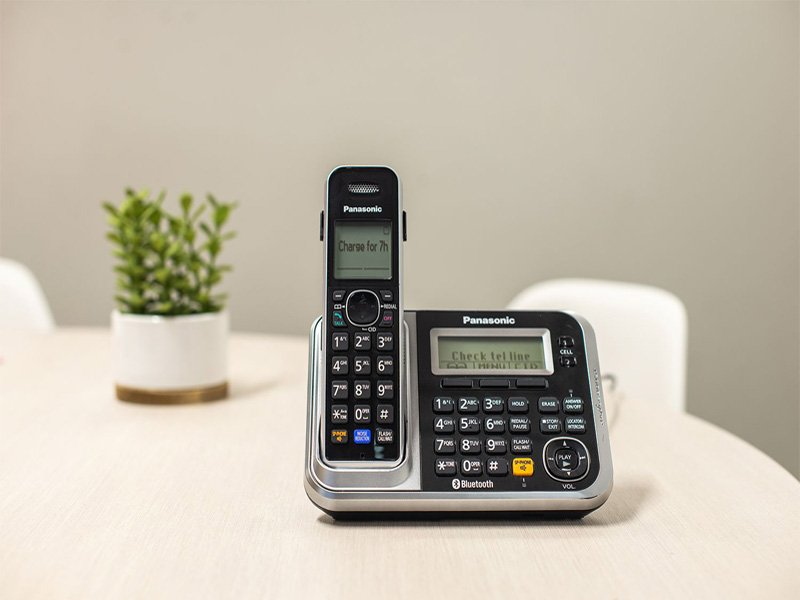 Cordless phones for seniors