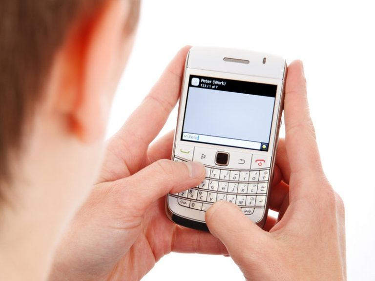 What is the Best Cell Phone Without Internet Capability
