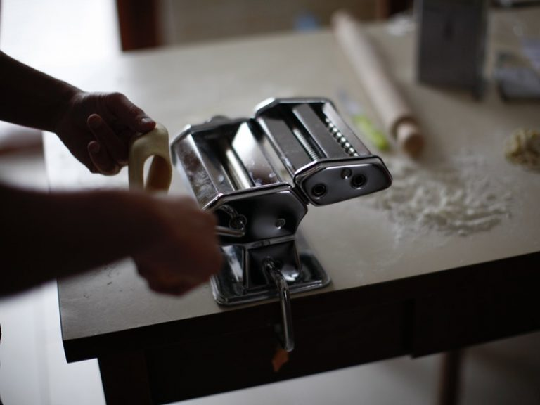 The 7 Best Pasta Makers Under $100