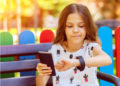 5 Reasons Your Kid Should Have a Phone