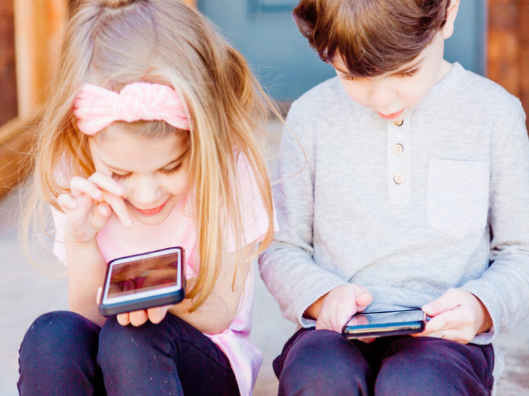 Should A 13 Year Old Have A Cell Phone?