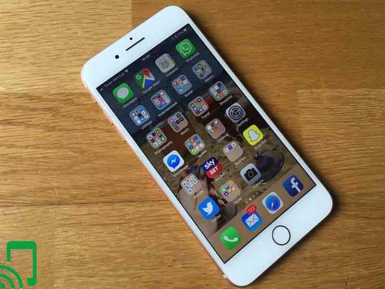 The Apple iPhone 8 Reviews and Buying Guide
